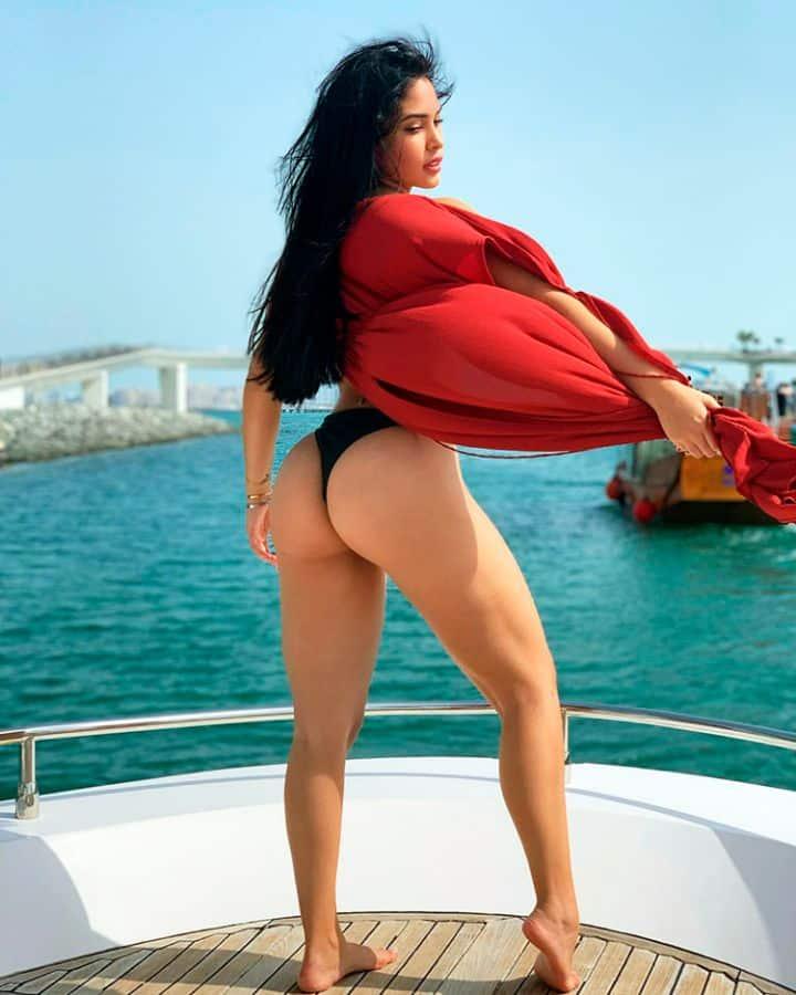 venezuelan woman