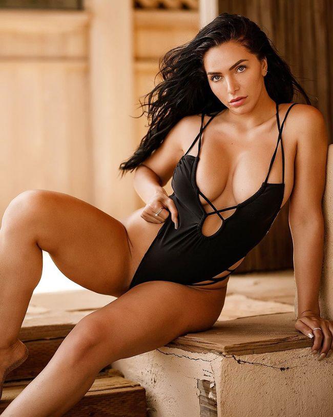 hot argentina woman