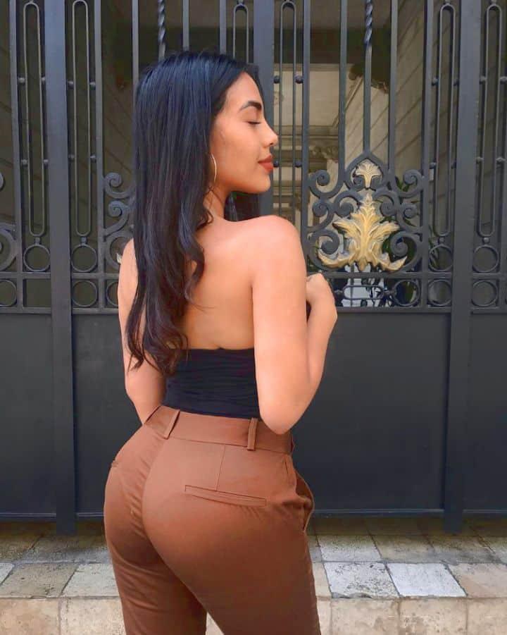 sexy peruvian girl